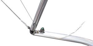 Стойки Aerofoil профилированным алюминиевым спидбаром
